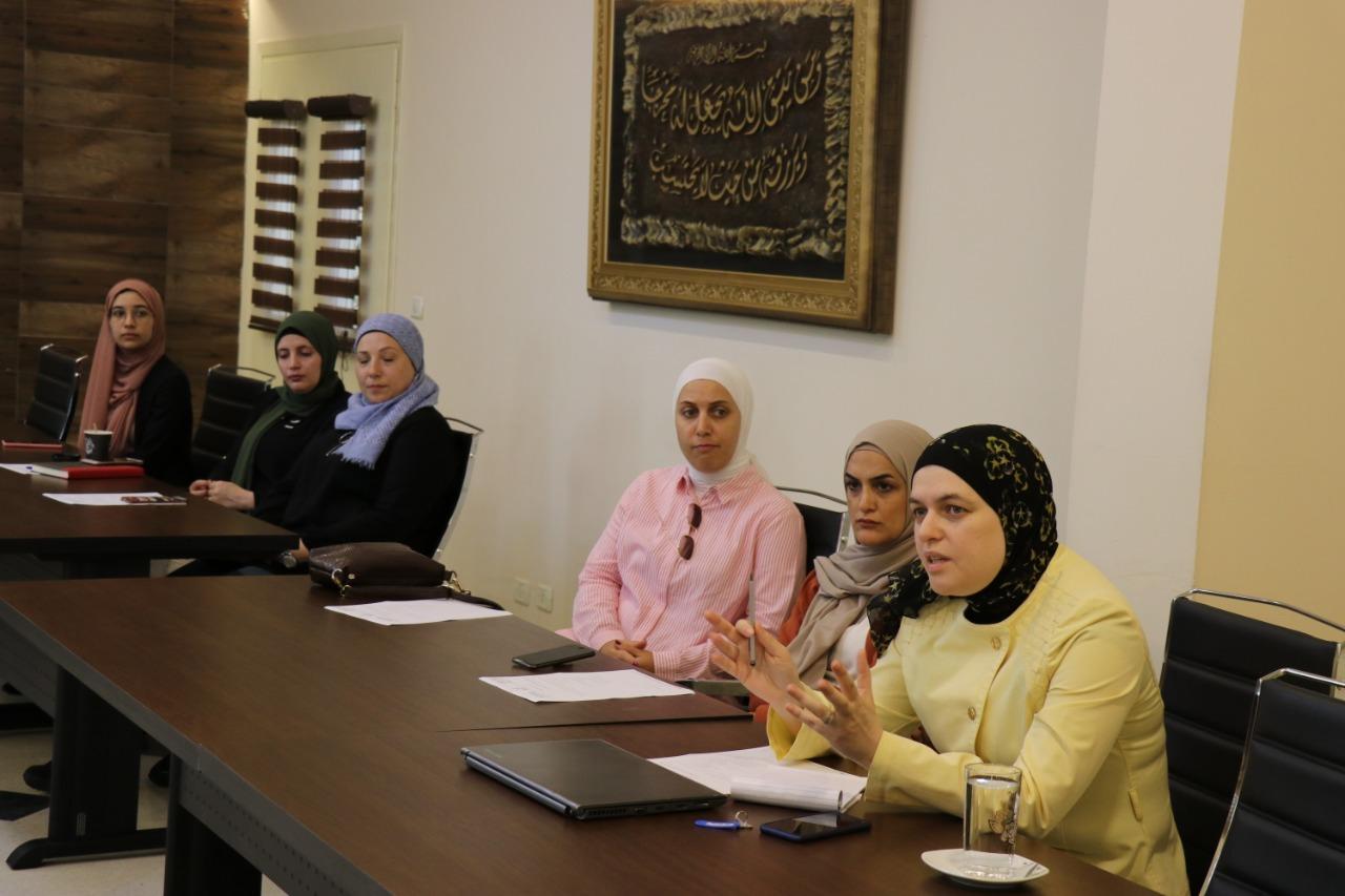 اجتماع أعضاء الهيئة التدريسية لكلية إدارة الأعمال في جامعة طرابلس (3/3)