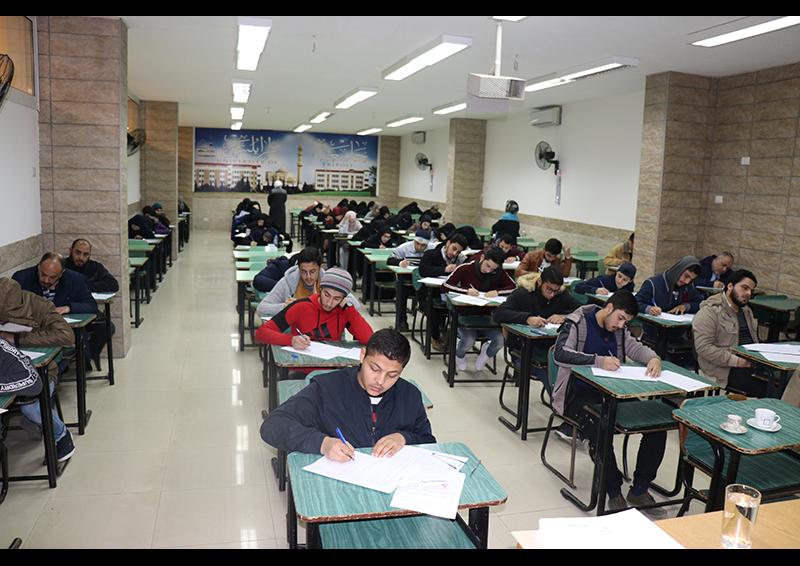 امتحانات الفصل الأول للعام الجامعي 1441-1442 هـ. / 2019-2020 م. في جامعة طرابلس (2/8)