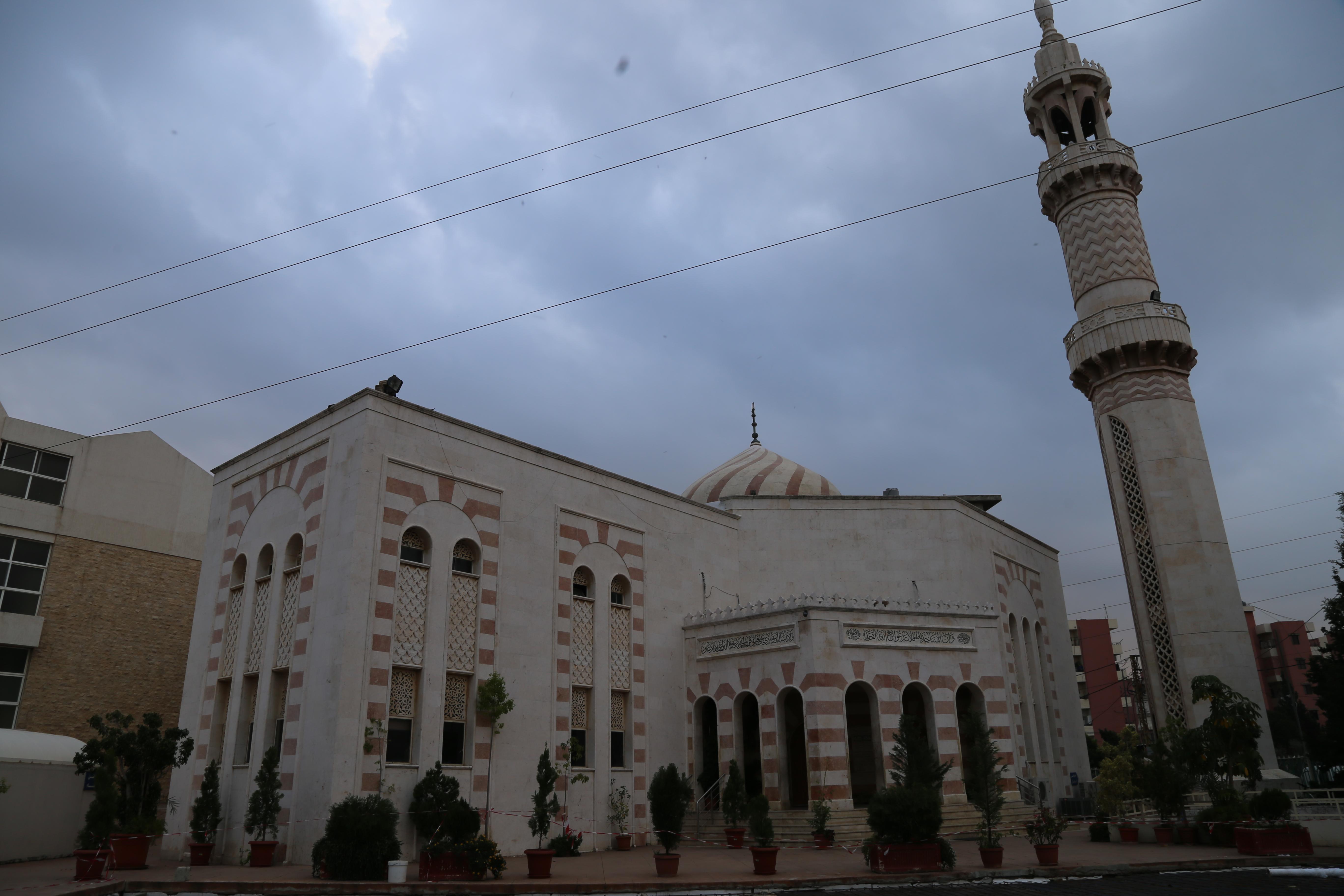 Mosque (2/4)