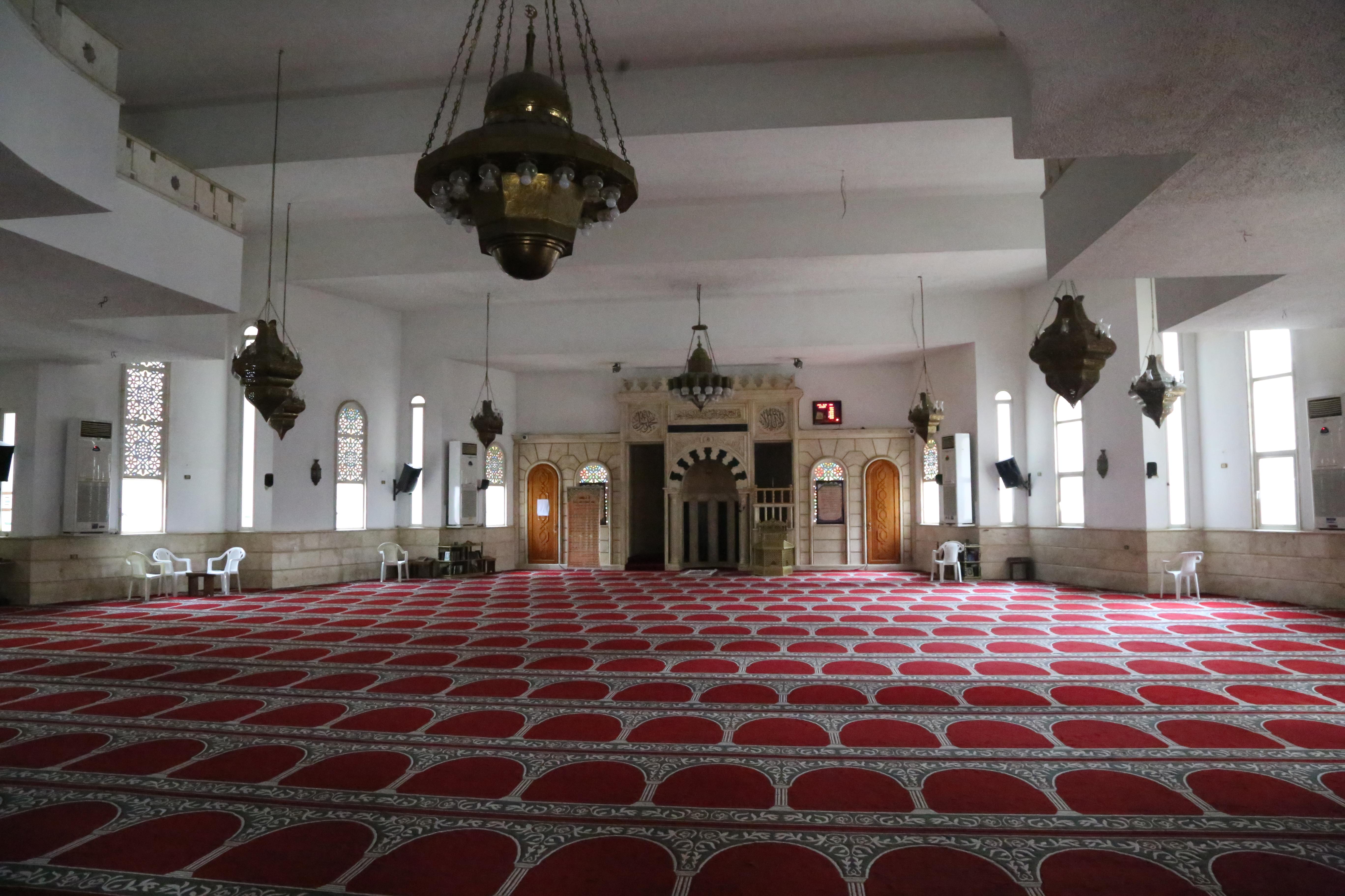 Mosque (3/4)
