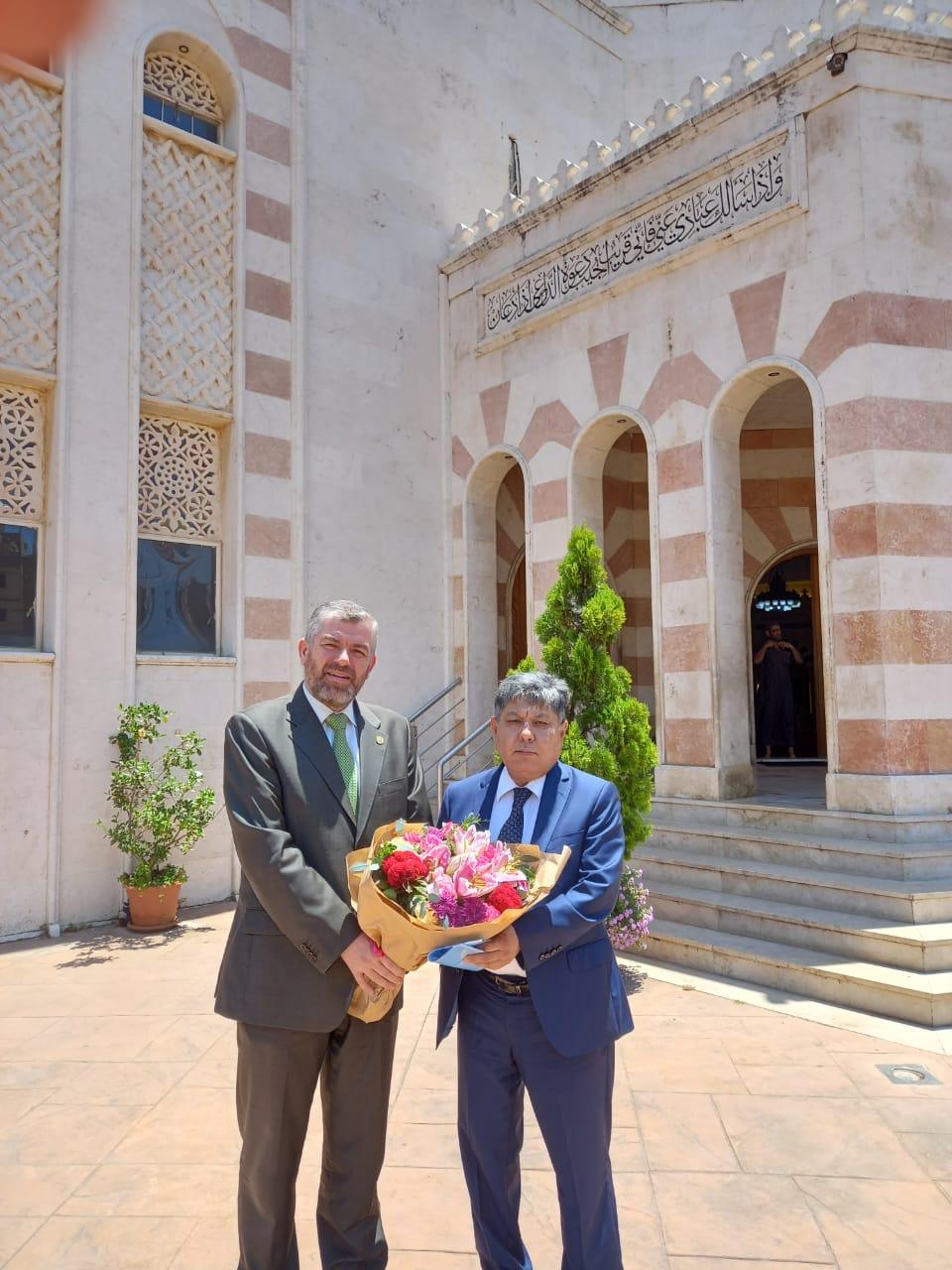 البعثة الدبلوماسية لجمهورية كازاخستان  في لبنان تزور جامعة طرابلس (2/13)