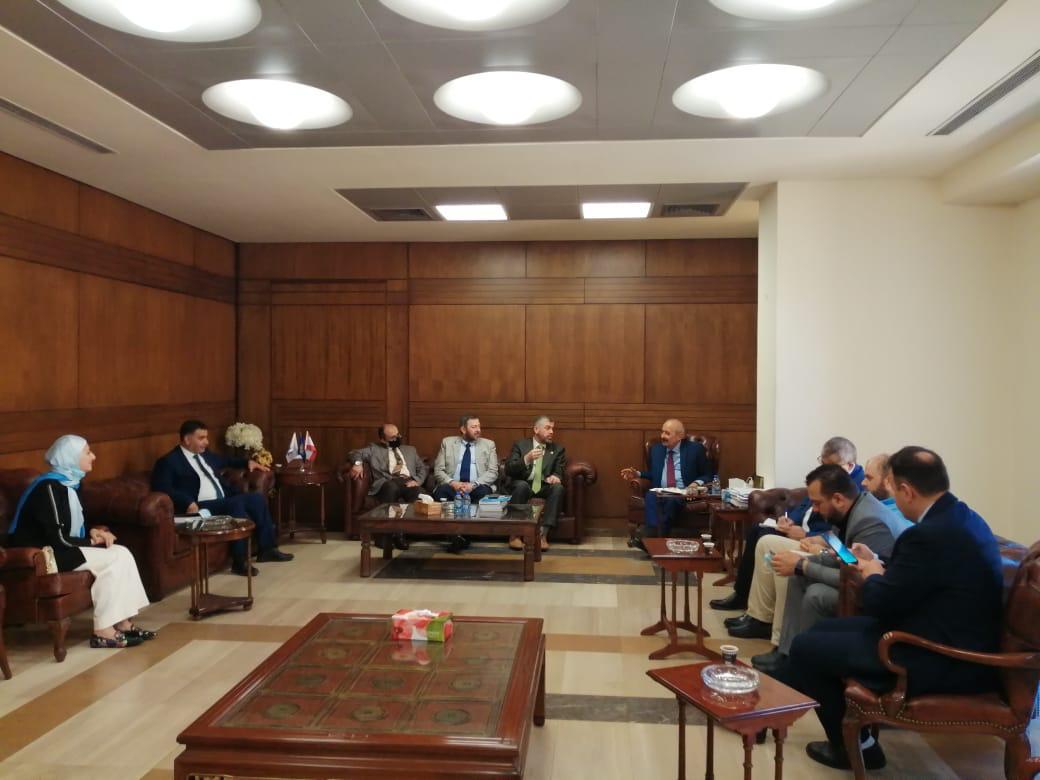جامعة طرابلس توقع بروتوكول تعاون مع نقابة المحامين في طرابلس (3/4)
