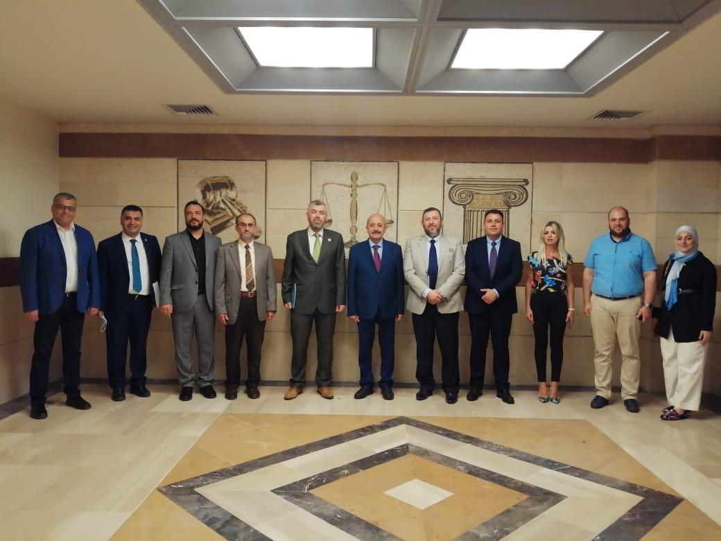 جامعة طرابلس توقع بروتوكول تعاون مع نقابة المحامين في طرابلس (4/4)