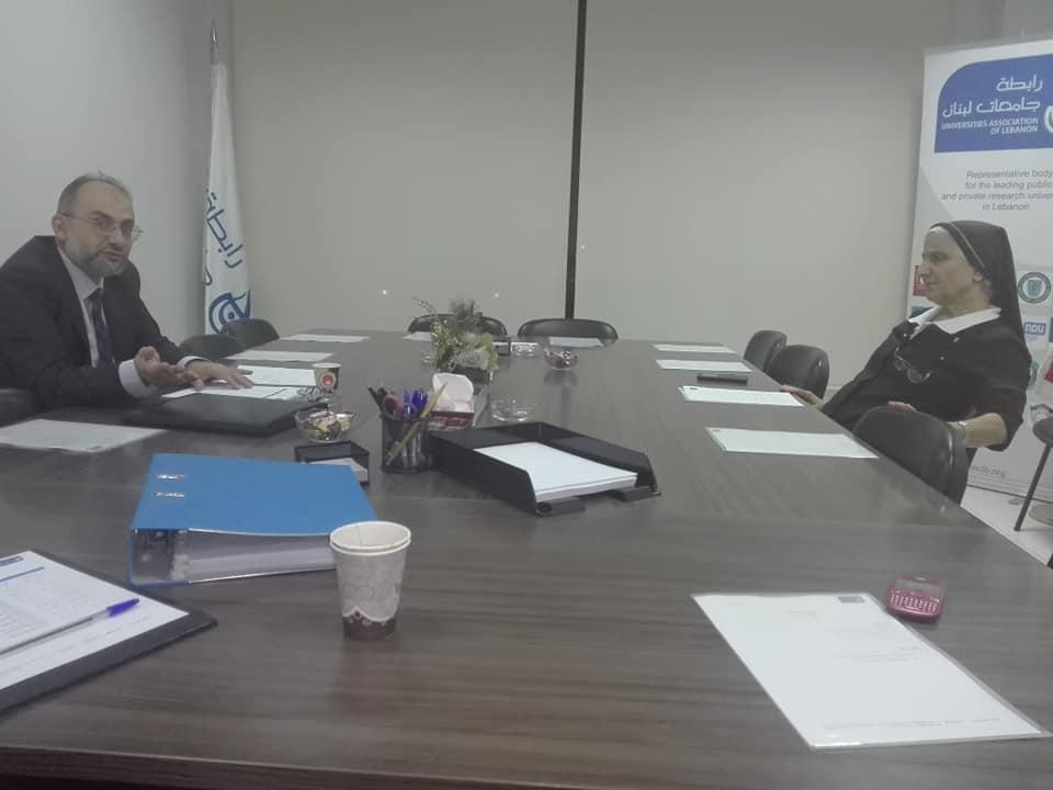 مشاركة عميد كلية الأعمال في جامعة طرابلس أ.د. عمار يكن في اجتماع لجنة المال لرابطة جامعات لبنان في مقرّها في بيروت (2/2)