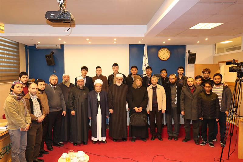 العلّامة الشيخ محمد صالح الغرسي محاضراً في جامعة طرابلس (4/6)