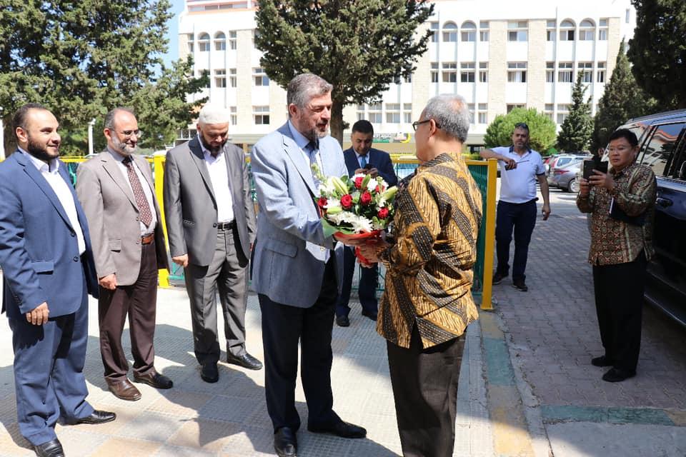 السفير الأندونيسي يزور جامعة طرابلس (6/7)