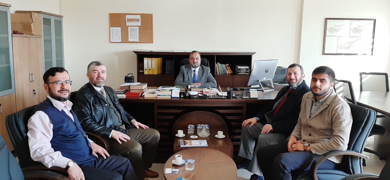 وفد من جامعة طرابلس يزور  قبرص ويجري سلسلة لقاءات علمية (2/5)