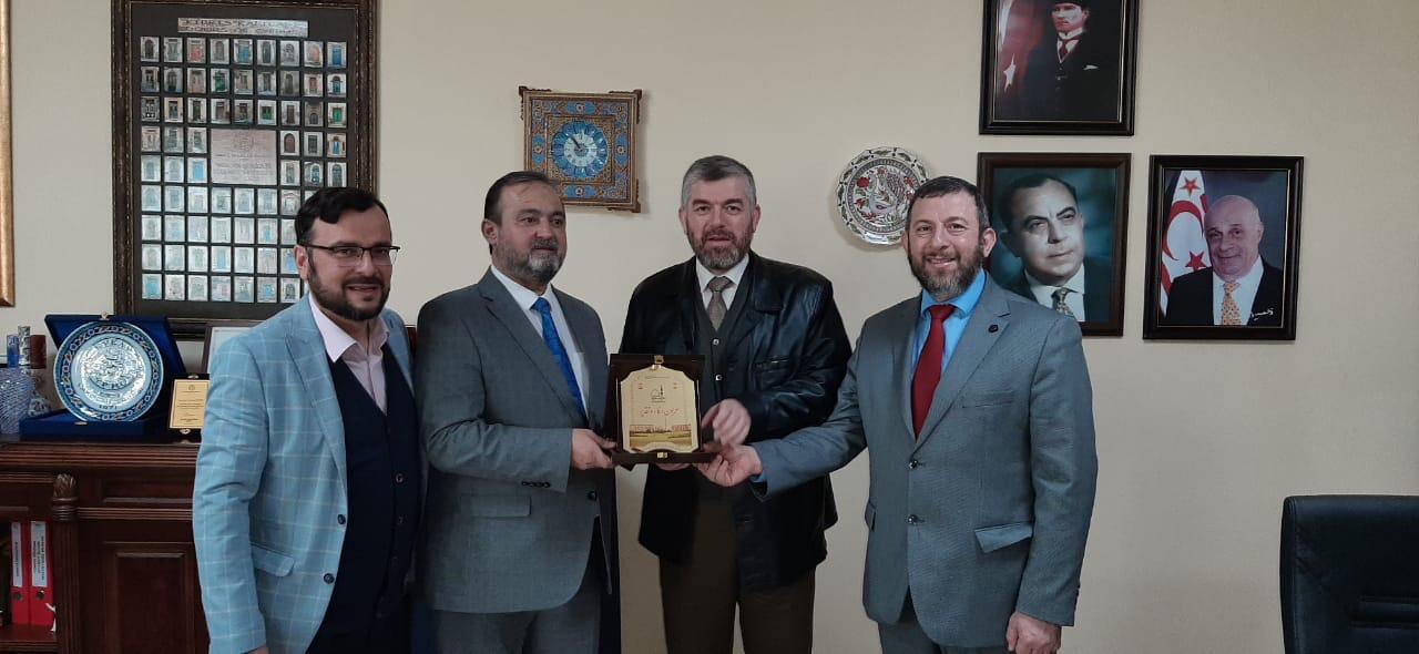 وفد من جامعة طرابلس يزور  قبرص ويجري سلسلة لقاءات علمية (5/5)