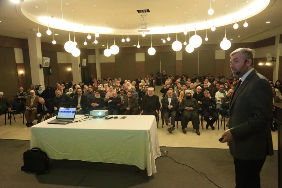 رئيس جامعة طرابلس من صيدا:  الزواج المسمى مدنيا وصفة مناسبة جدا لانهيار الأسرة كما ثبت ذلك في الغرب (3/4)