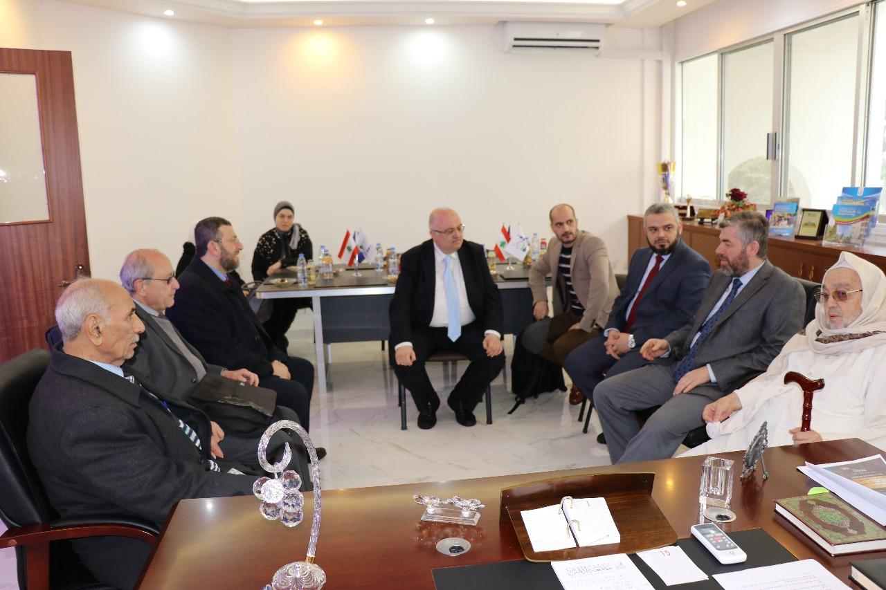 يوم علمي في جامعة طرابلس (19/20)