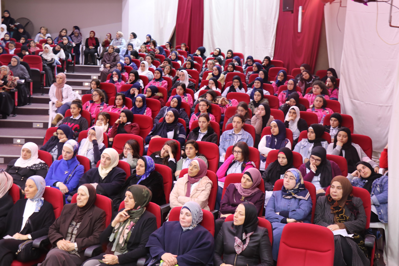 الداعية الدكتور زغلول النجار محاضِراً في جامعة طرابلس (3/5)