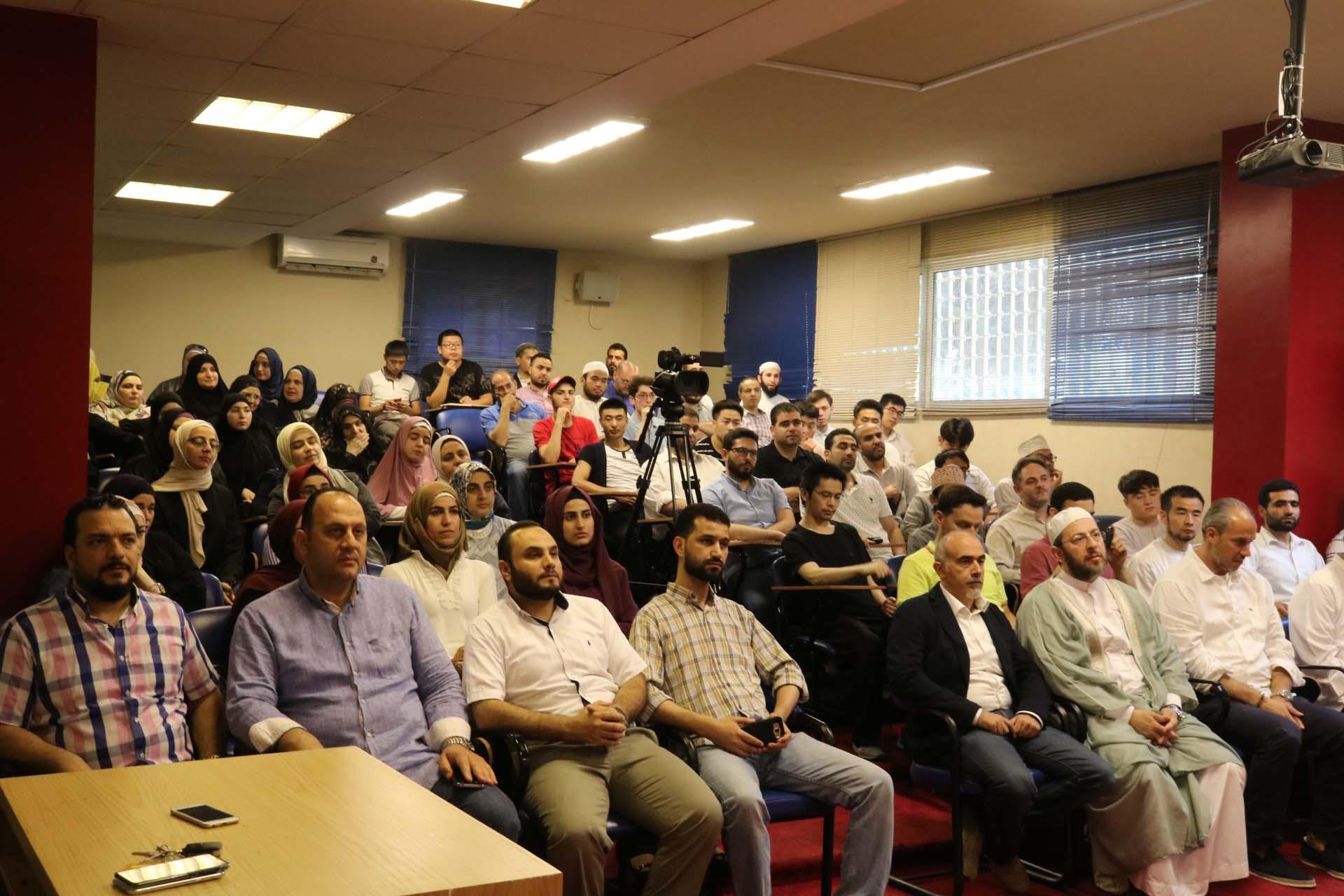 الداعية الدكتور عمر عبد الكافي محاضراً في جامعة طرابلس (5/5)