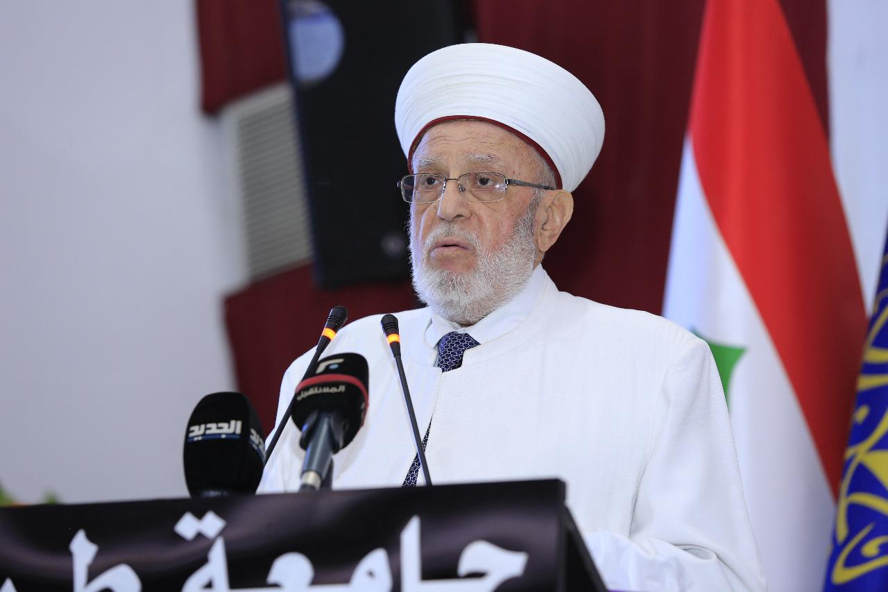جامعة طرابلس تحتفل بتخريج طلابها (1/23)