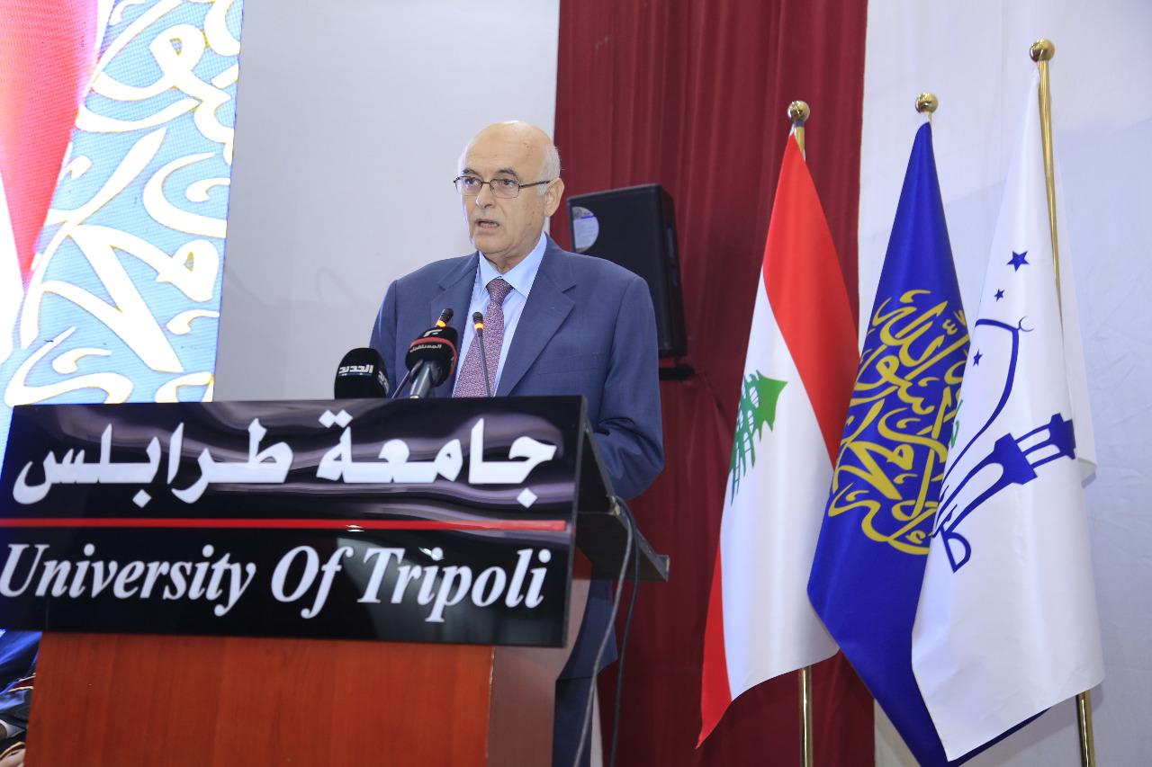 جامعة طرابلس تحتفل بتخريج طلابها (5/23)